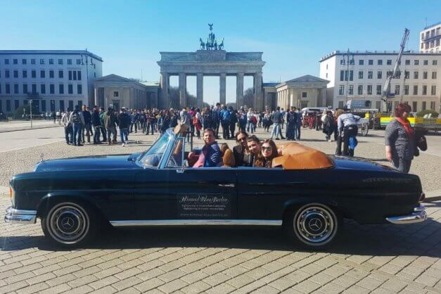 City Tour and stop at Brandenburg gate